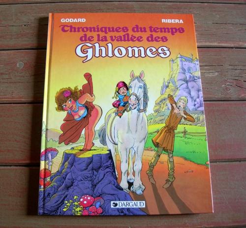 chroniques du temps de la vallée des ghlomes,b.d,bande dessinée,b.d érotique,godard et ribera,les ghlomes,ghlomes,fantasy,fantasy érotique et déjantée,le vagabond des limbes